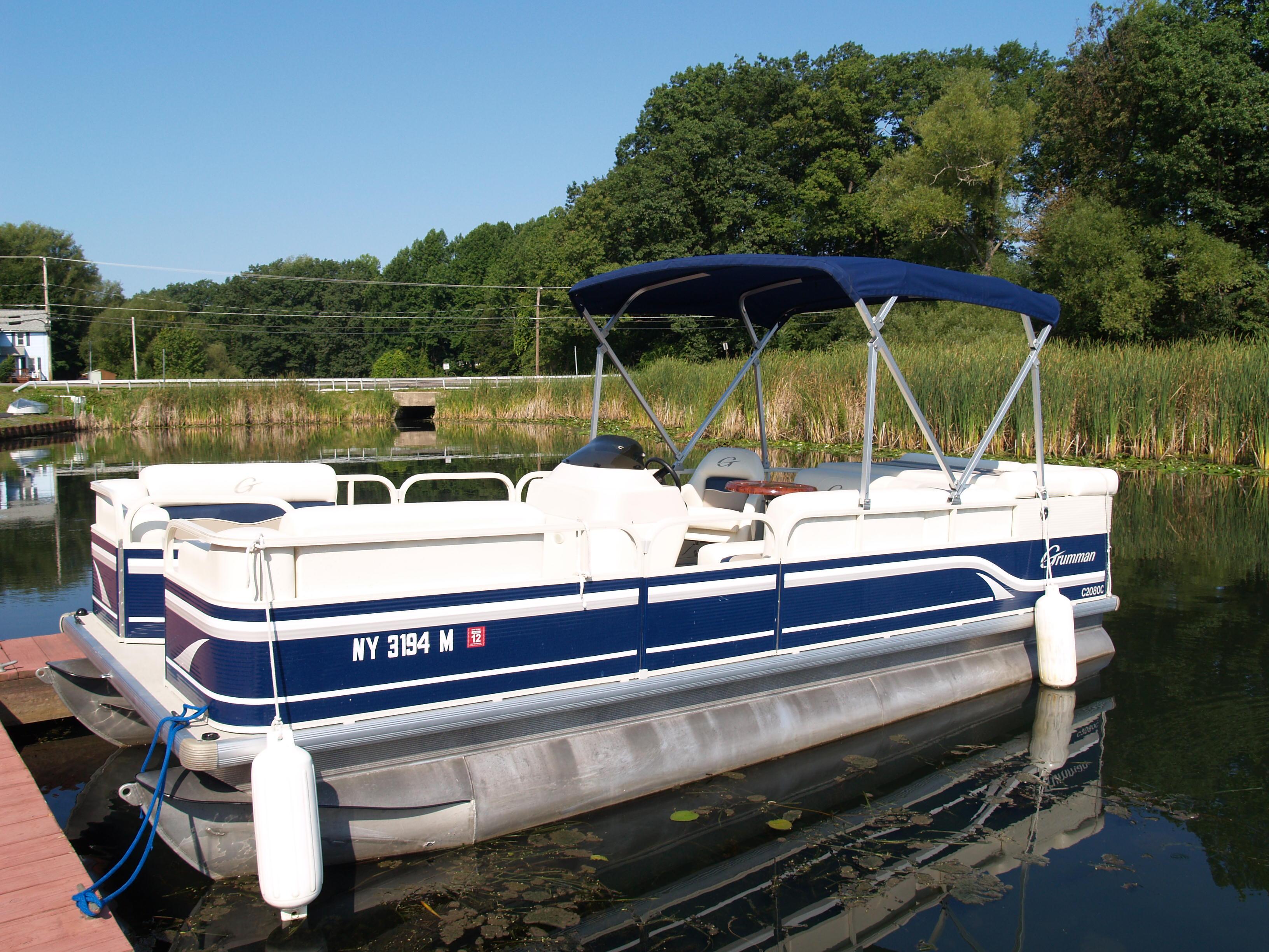 flat bottom pontoon boats